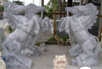 marble horse sculpture carving