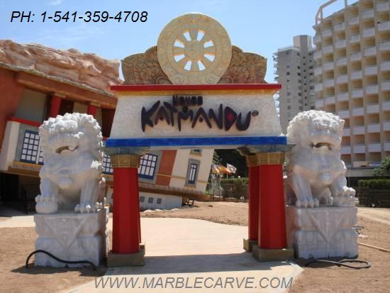 marble foo dogs at the house of katmandu Mallorca Spain